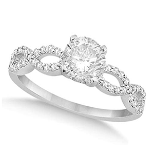 10 000$ engagement ring